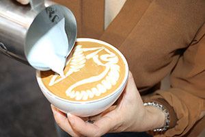Jibbi Little fox latte art