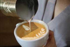 penguin latte art jibbi little