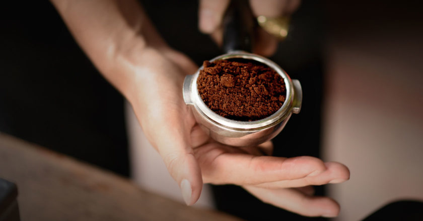 Why grinds become coarser when the grinder heats up and how it impacts extraction